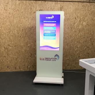 Indoor Digital Signage Hire | Retails Signs