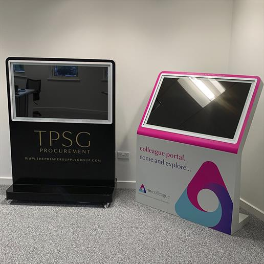 interactive screen, touch screen, advertising screen, screen hire,